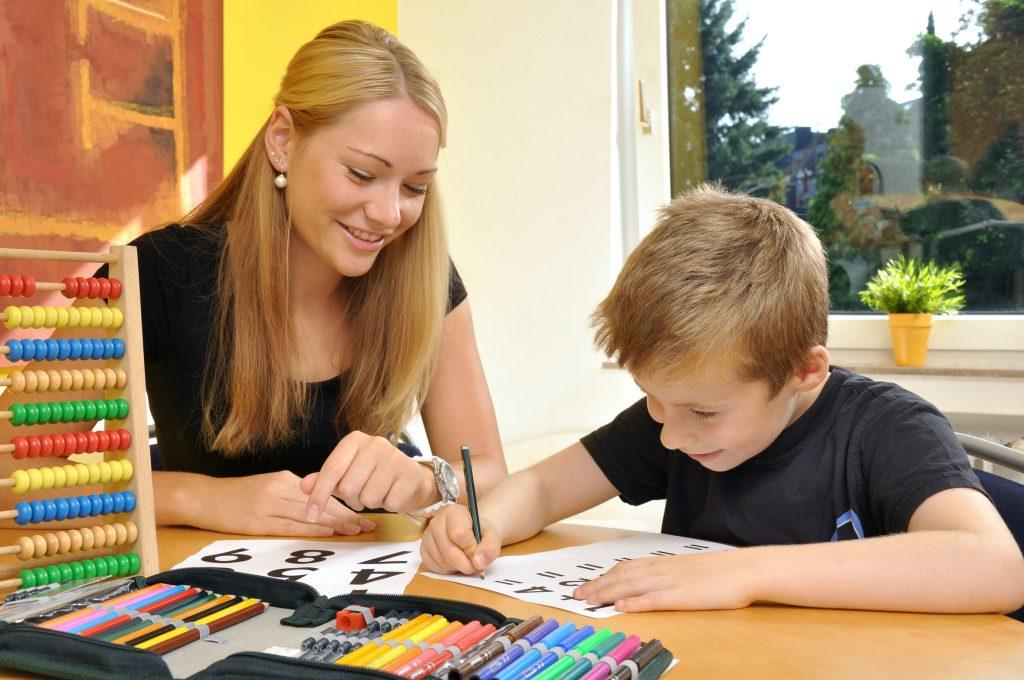 Schulassistenz bei Stiftung HELP